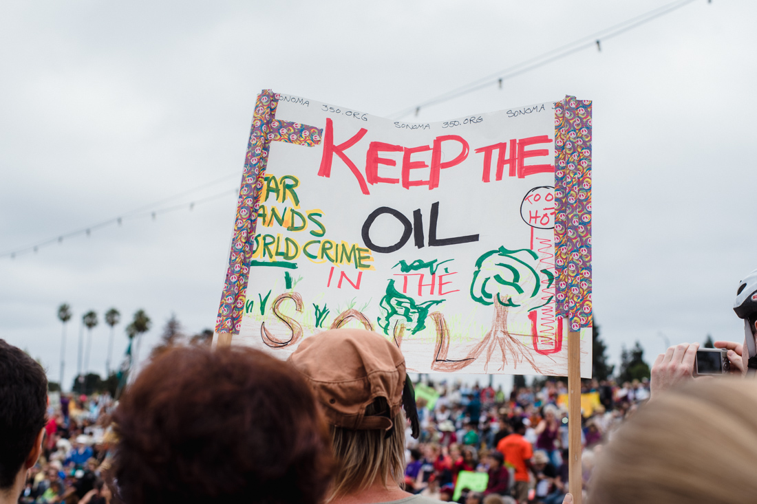 julia-desantis-oakland-climate-march-2014-10