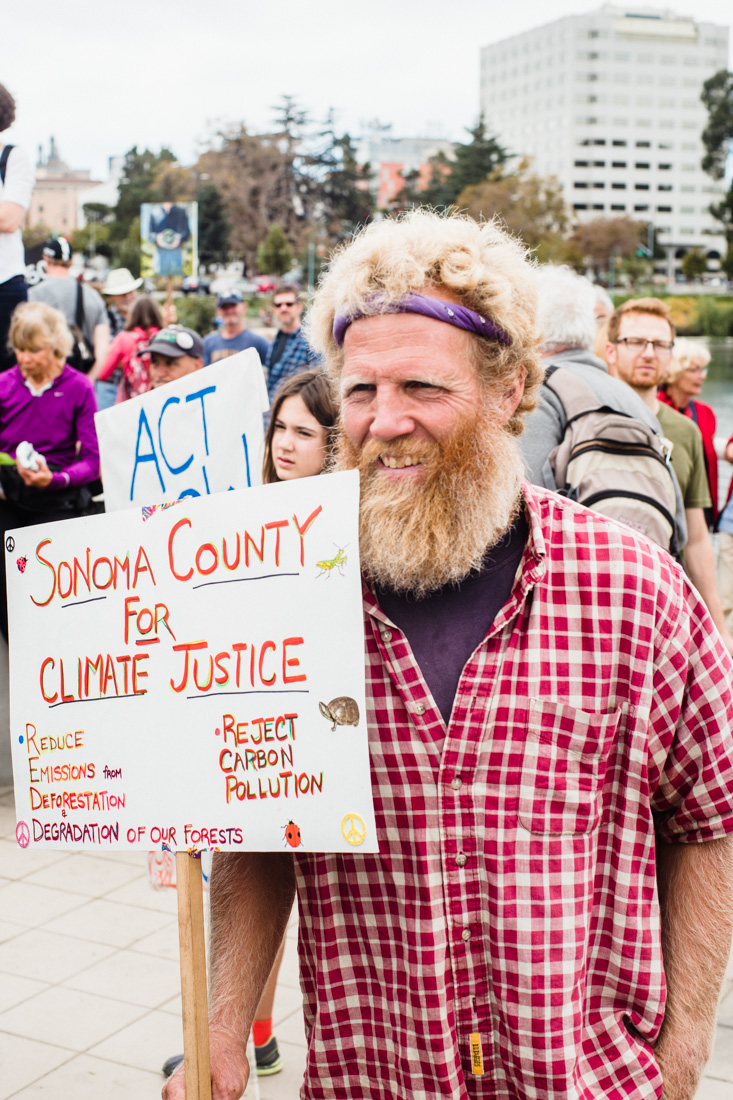 julia-desantis-oakland-climate-march-2014-12