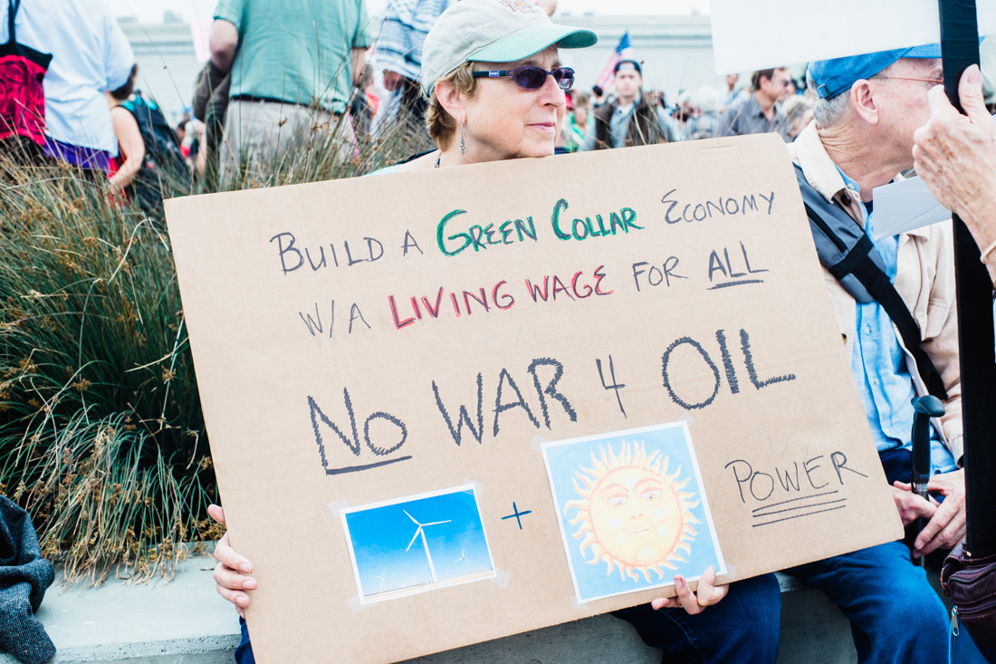julia-desantis-oakland-climate-march-2014-14