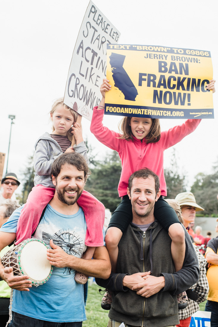 julia-desantis-oakland-climate-march-2014-26