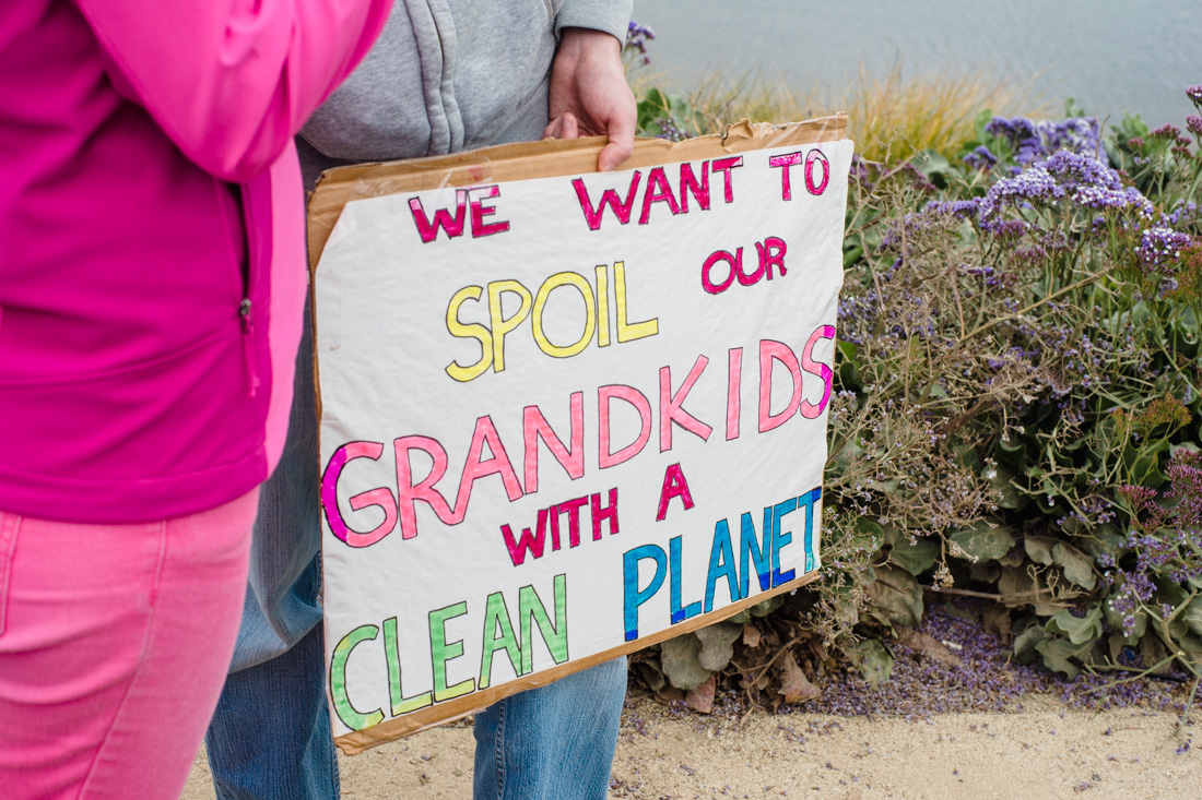 julia-desantis-oakland-climate-march-2014-35